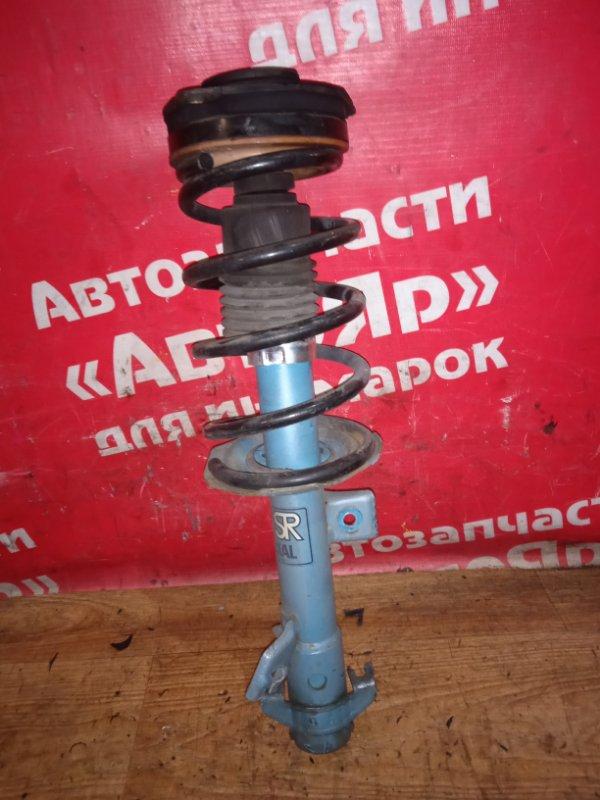Стойка подвески Nissan Nv200 VM20 HR16DE 10.2009 передняя правая дефект пыльника. цена за штуку,