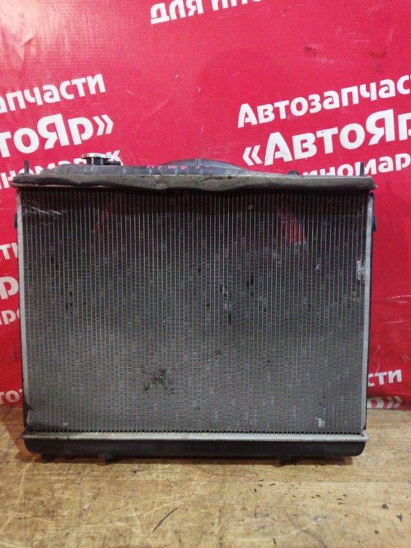 Радиатор основной Nissan Elgrand ATWE50 ZD30DDTI 12.2001 дефект дифузора, дефект нижний патрубка
