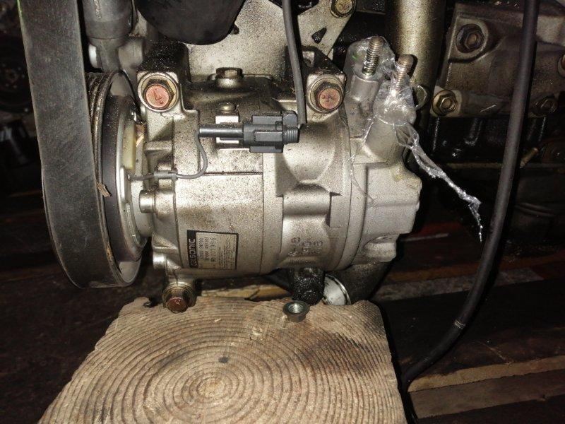 Компрессор кондиционера Nissan Terrano Regulus JTR50 ZD30DDTI 10.1999 92600-2W200 / 92600-2W201, 9D201986.