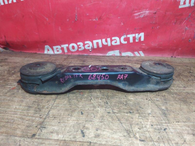 Подушка редуктора Honda Odyssey RA7 F23A 2001 состояние хорошее