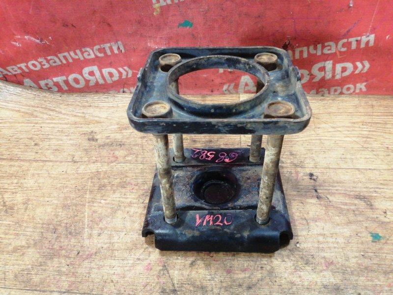 Стремянка рессоры Nissan Nv200 VM20 HR16DE 10.2009 задняя правая