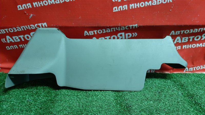 Накладка пластиковая в салон Nissan X-Trail NT30 QR20DE 07.2005 передняя накладка креплений