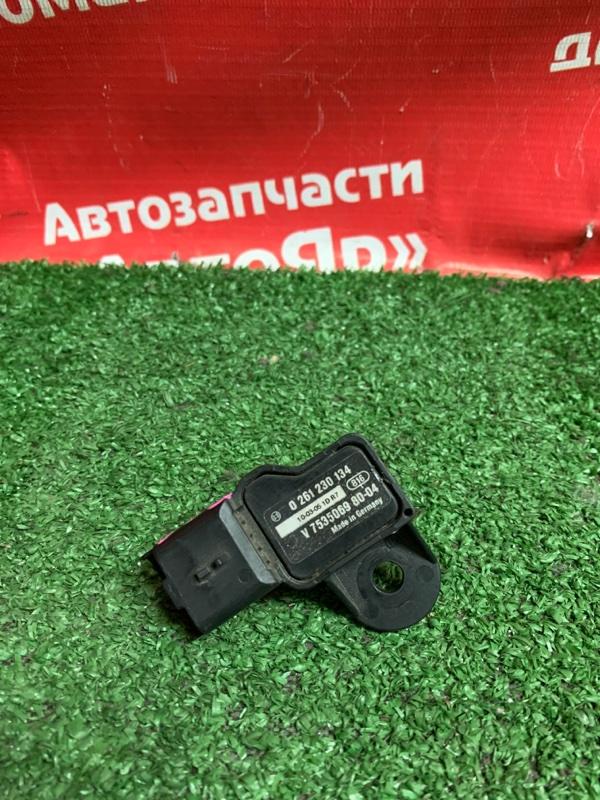 Расходомер воздушный Peugeot 308 EP6CDT 2010 0261230134