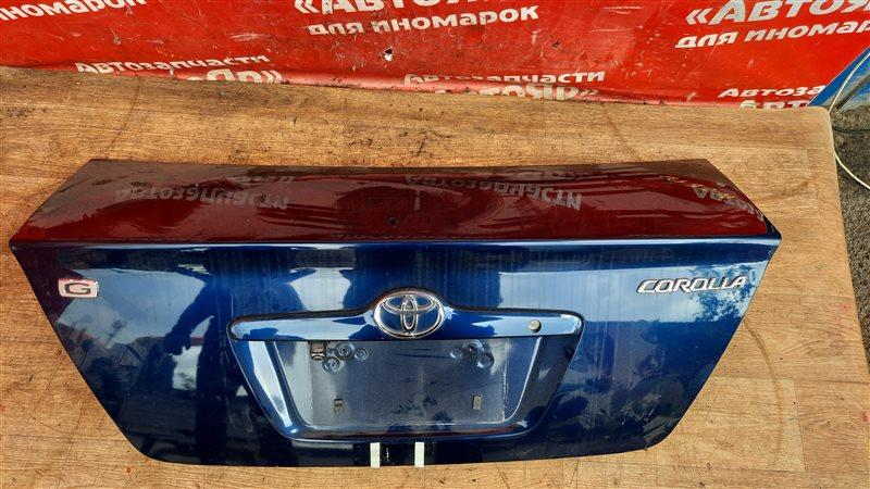 Крышка багажника Toyota Corolla NZE121 1NZ-FE 01.2002 с камерой