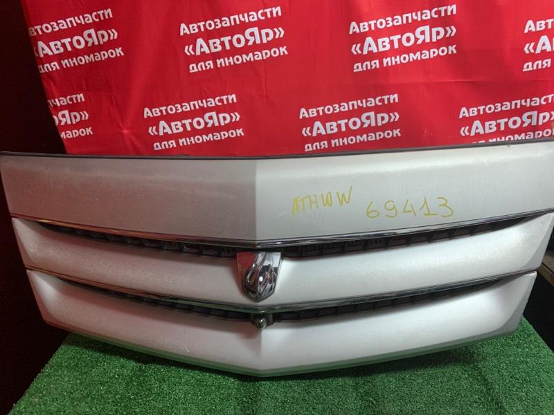 Решетка радиатора Toyota Alphard ATH10W 2AZ-FXE 04.2004 камера, состояние на фото