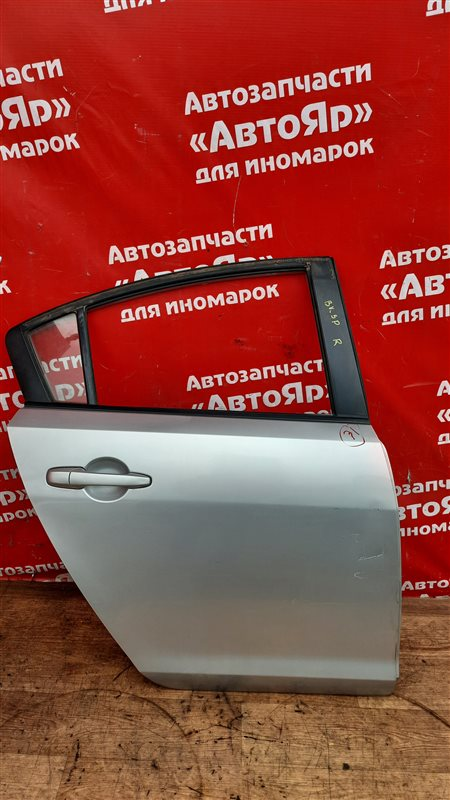 Дверь боковая Mazda Axela BK5P ZY-VE 05.2006 задняя правая В сборе без петель, СЕДАН код краски 22V,