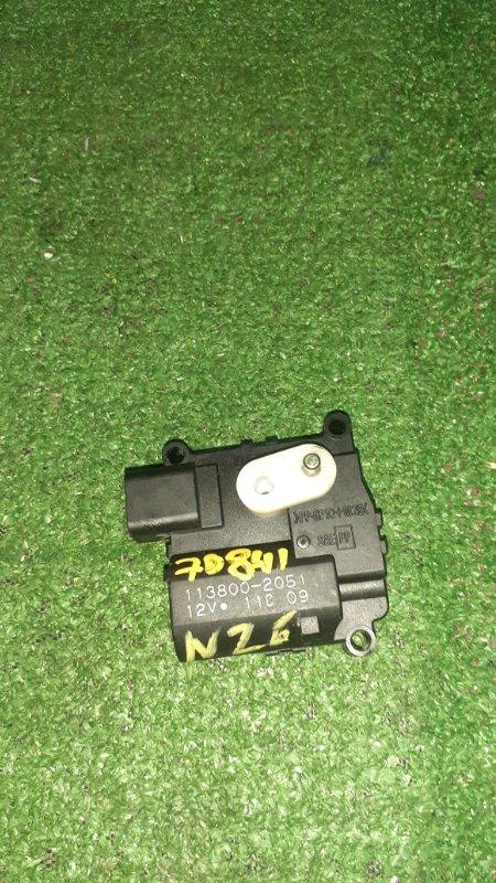 Привод заслонок отопителя Toyota Corolla NZE121 1NZ-FE 01.2002 113800-2051