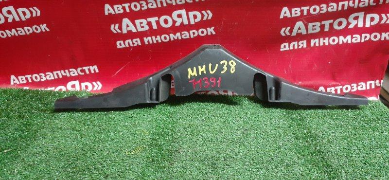 Накладка на телевизор Toyota Harrier MHU38W 3MZ-FE 06.2006 53629-48010, накладка замка капота.