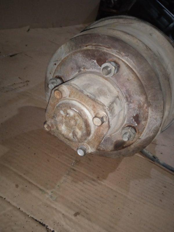 Тормозной барабан Nissan Vanette SK82VN F8 05.2005 задний правый