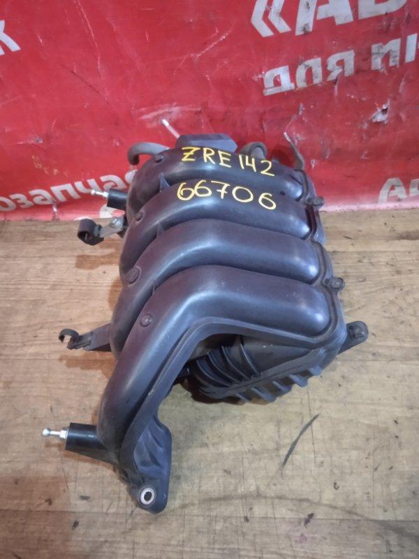 Коллектор впускной Toyota Corolla Fielder ZRE142G 2ZR-FE 04.2007 17120-37020 / 17120-37021
