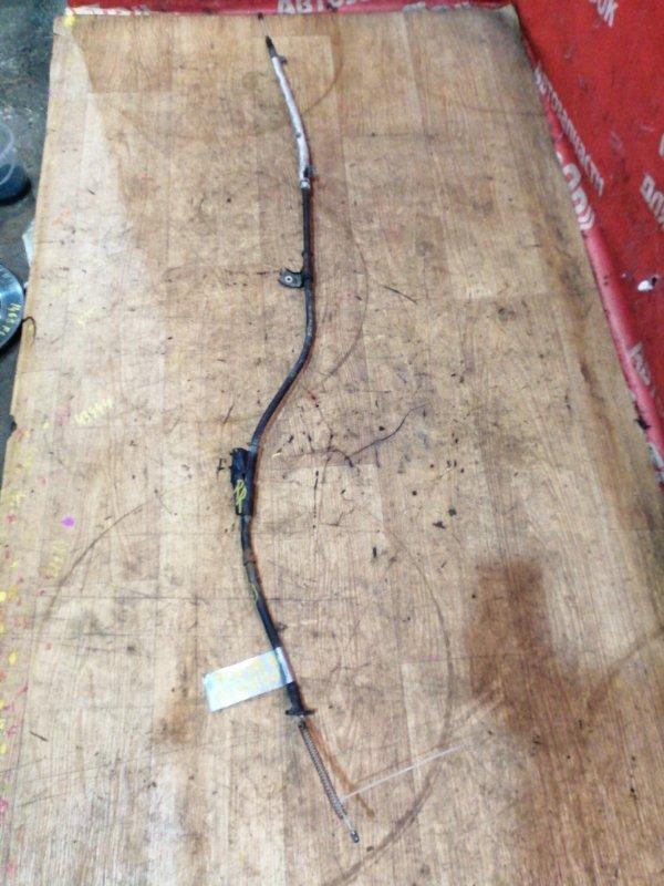 Тросик ручника Nissan Elgrand AVWE50 QD32ETI 12.1997 задний правый