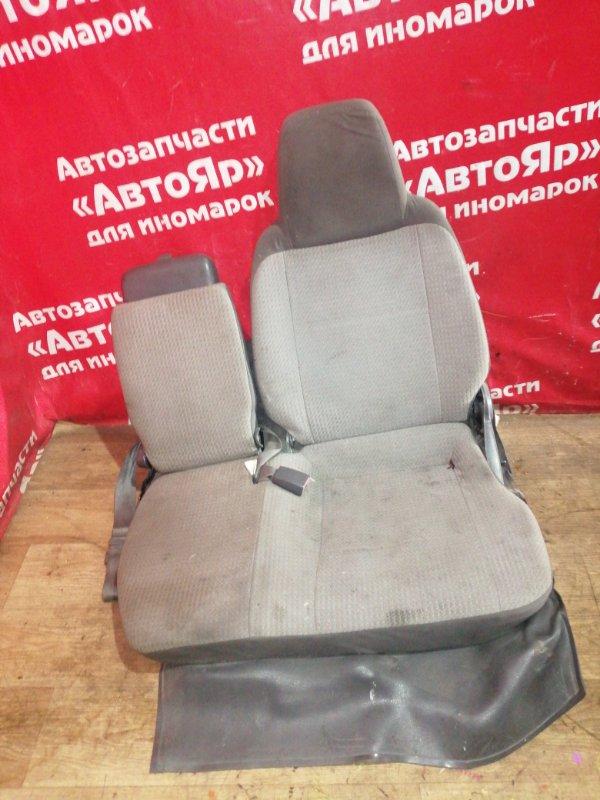 Сидение Toyota Liteace KM80 7K-E 1999 левое пассажирское