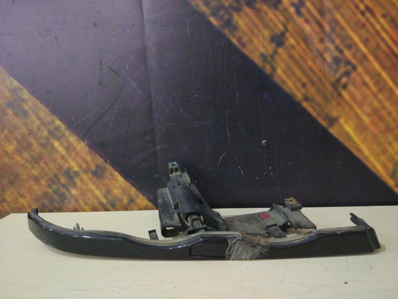 Ресничка Bmw 330Xi E46 M54 2001 передняя правая