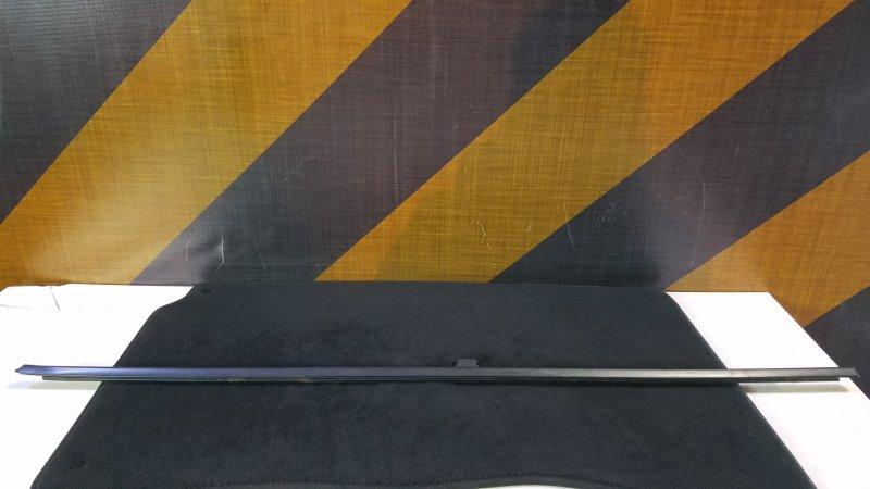 Молдинг стекла Bmw E39 задний правый