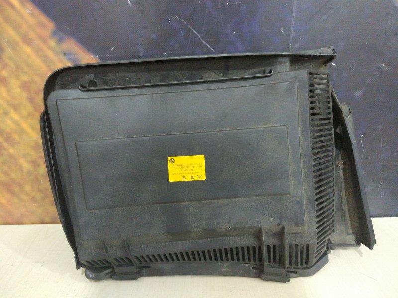 Корпус салонного фильтра Bmw 528I E39 M52 1997 правый