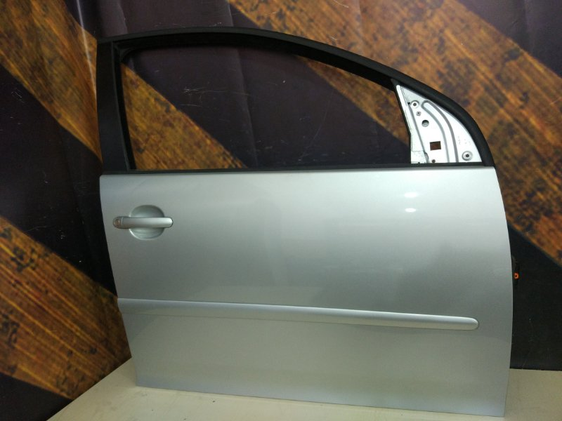 Дверь Volkswagen Golf MK5 BLG 1 2008 передняя правая
