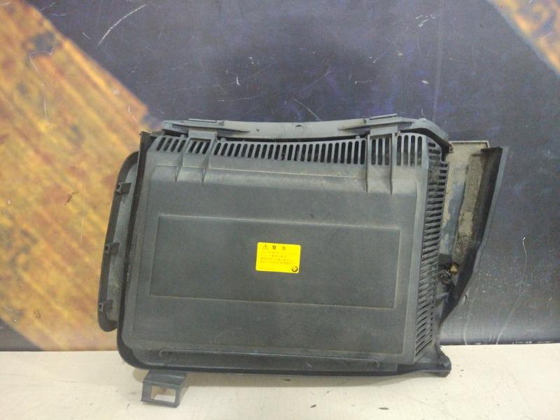 Корпус салонного фильтра Bmw 528I E39 M52 1997 левый
