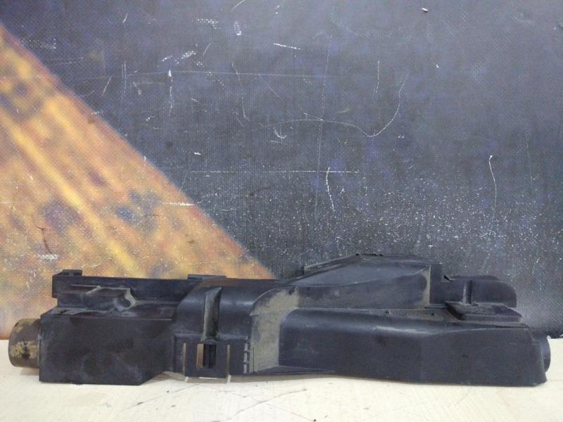 Крепление радиатора Bmw 318I E46 N42 2003