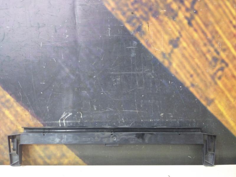 Крепление радиатора Bmw X5 E53 M54 2002