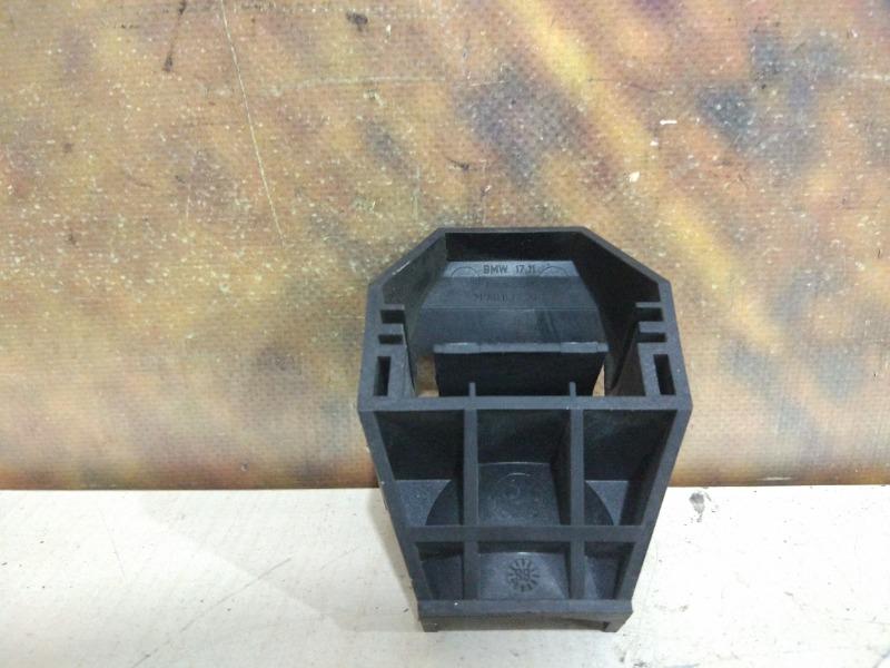Крепление радиатора Bmw 323I E46 M52TU 1999