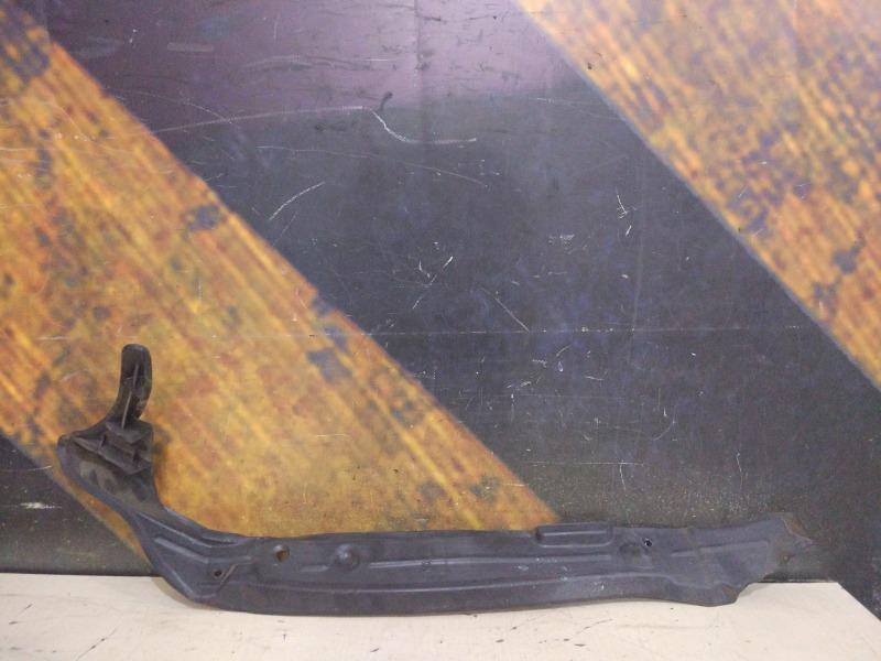 Пыльник крыла Audi Q7 4L BAR 2006 передний правый