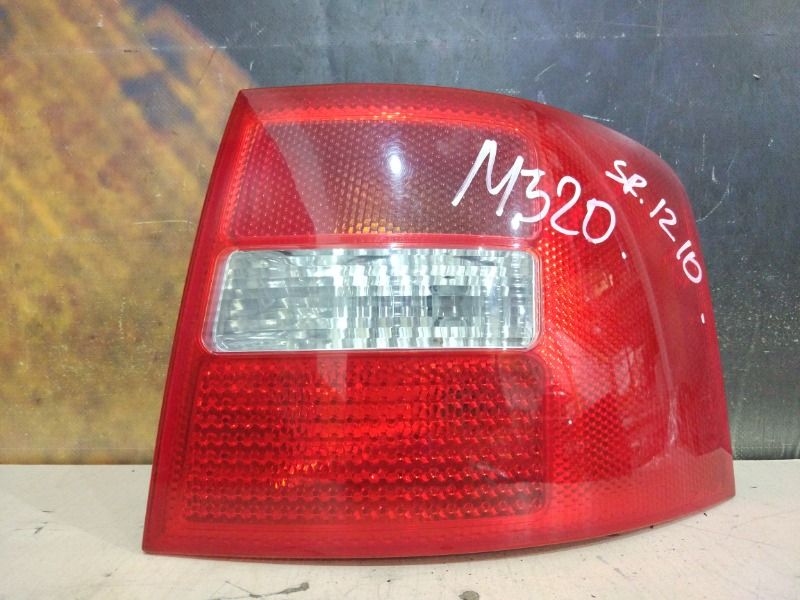 Фонарь Audi Allroad C5 ARE 2002 задний правый