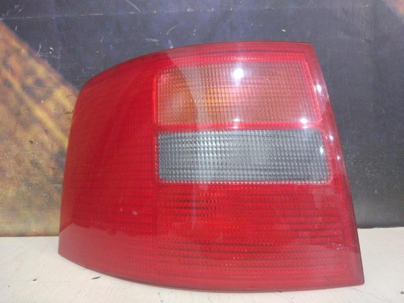 Фонарь Audi Allroad C5 ARE 2000 левый