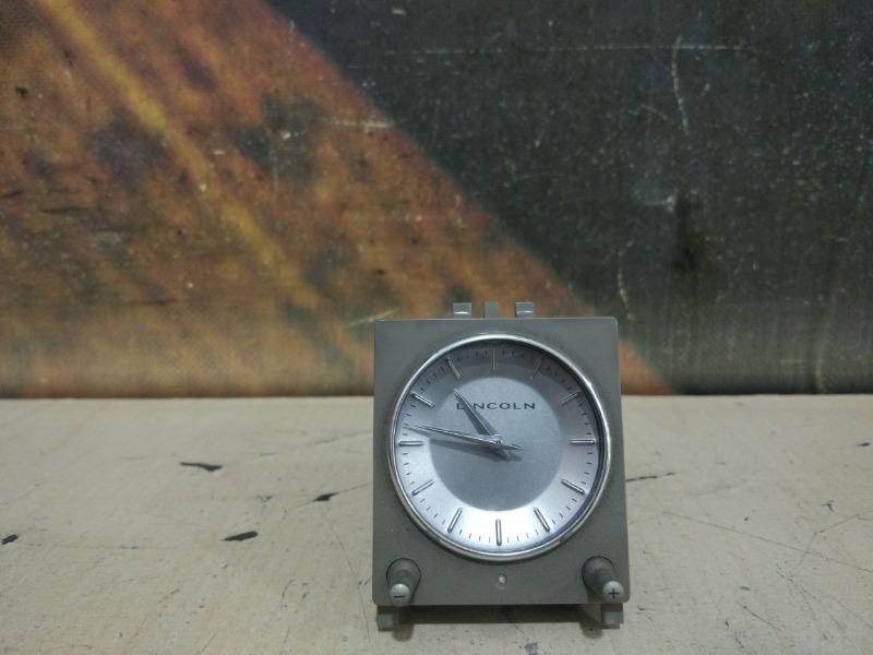 Часы Lincoln Navigator 5.4L DOHC 2002