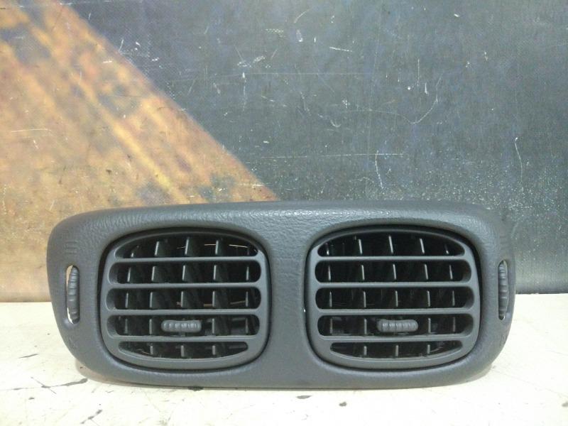 Воздуховод Chevrolet Trailblazer GMT360 LL8 2004 передний