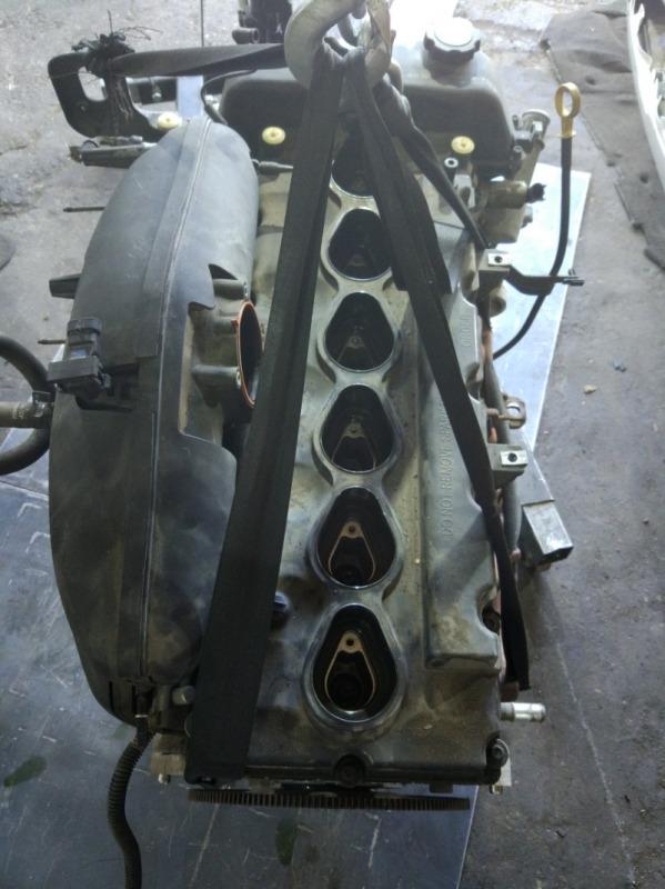 Двигатель Chevrolet Trailblazer GMT360 LL8 2004