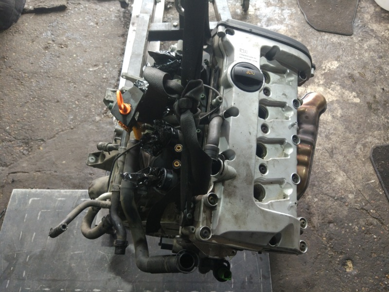 Двигатель Audi A4 Avant B6 ALT 2004