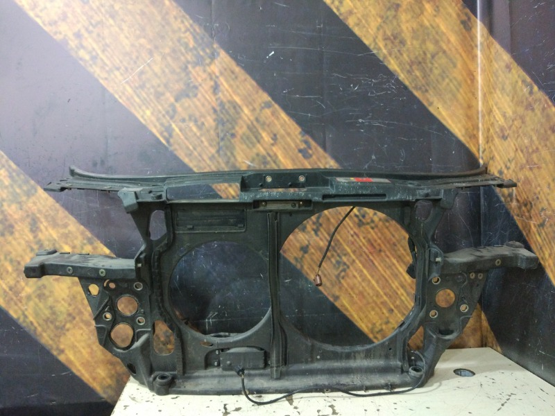 Рамка радиатора Audi Allroad C5 BES 2003