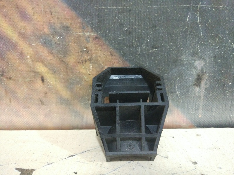 Крепление радиатора Bmw 320I E46 M54 2001