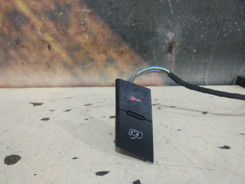 Блок кнопок Audi A6 C5 ASN 2002