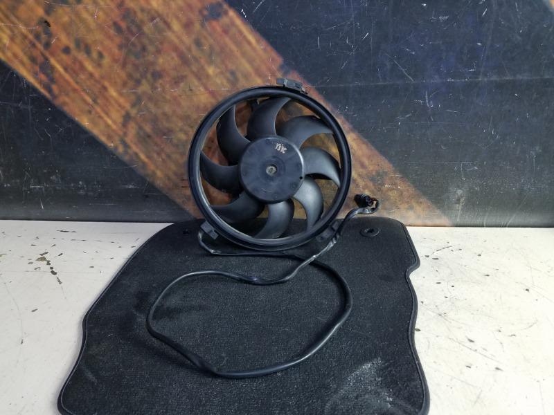 Вентилятор радиатора Audi Allroad C5 ARE 2001