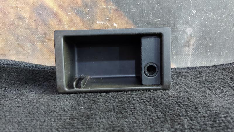 Пепельница Bmw 320I E46 M54 2000