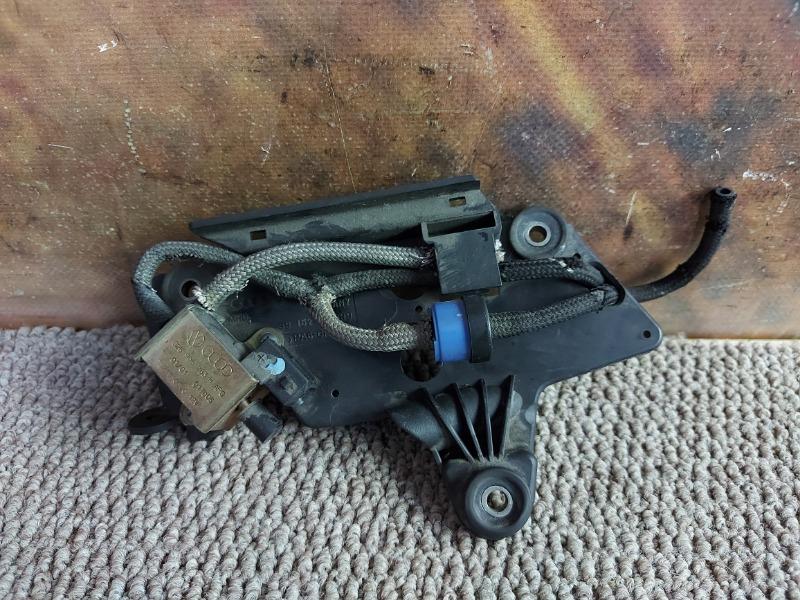 Электромагнитный клапан Audi A6 C5 APR 2001
