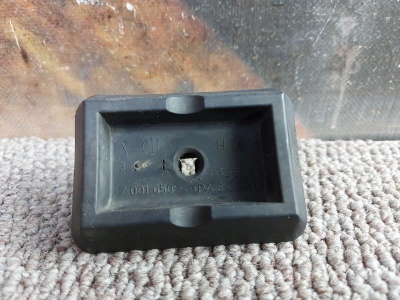 Поддомкратник Bmw X5 E53 M54 2002