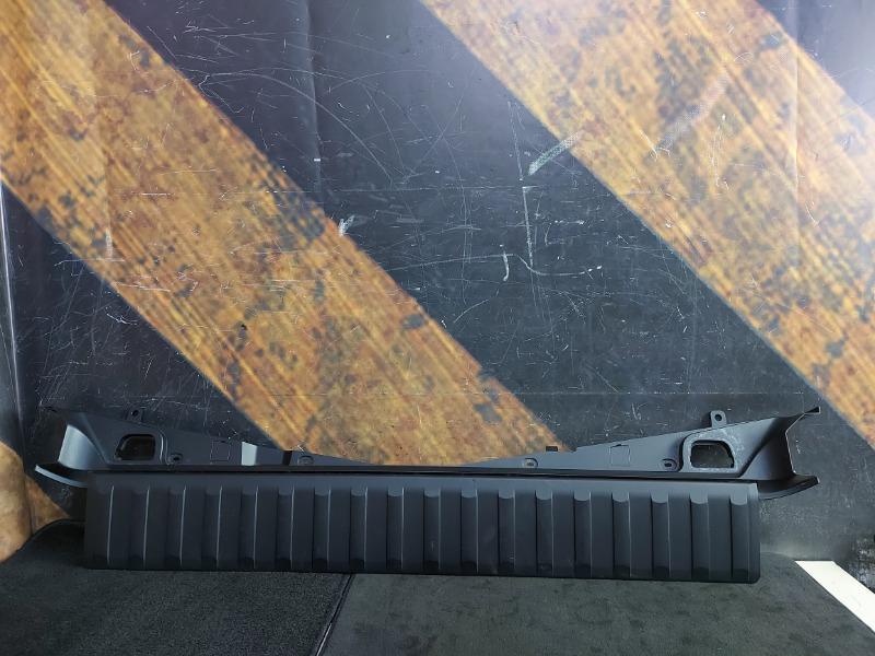 Пластик багажника Bmw X5 E53 M54 2002