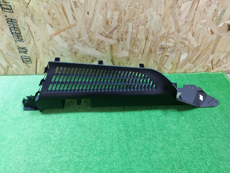 Пластик багажника Bmw X5 E53 M54 2005 правый