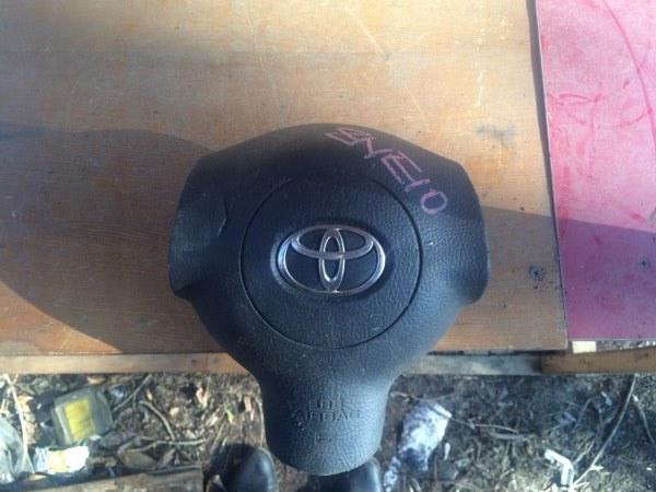 Подушка безопасности в руль Toyota Wish ZNE10
