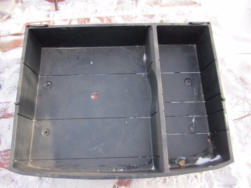 Ящик в багажник Toyota Nadia SXN15H 1AZFSE