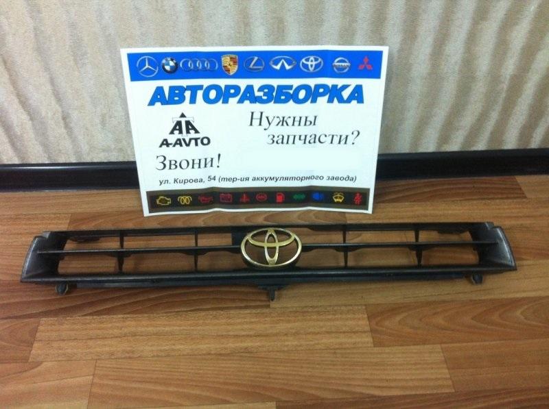 Решетка радиатора Toyota Camry SXV11 5SFE