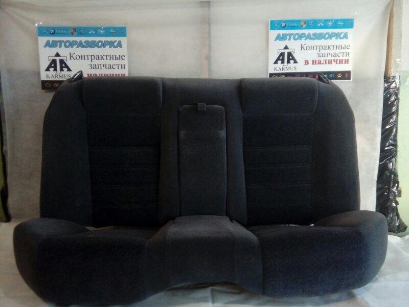 Сиденье Nissan Cedric MY33 VQ25DE заднее
