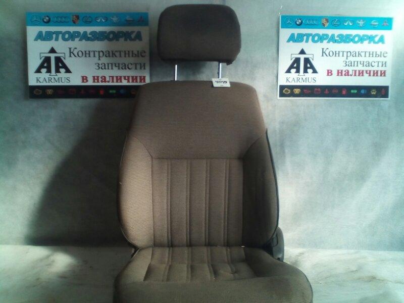 Сиденье Toyota Town Ace CR31 3YEU переднее левое