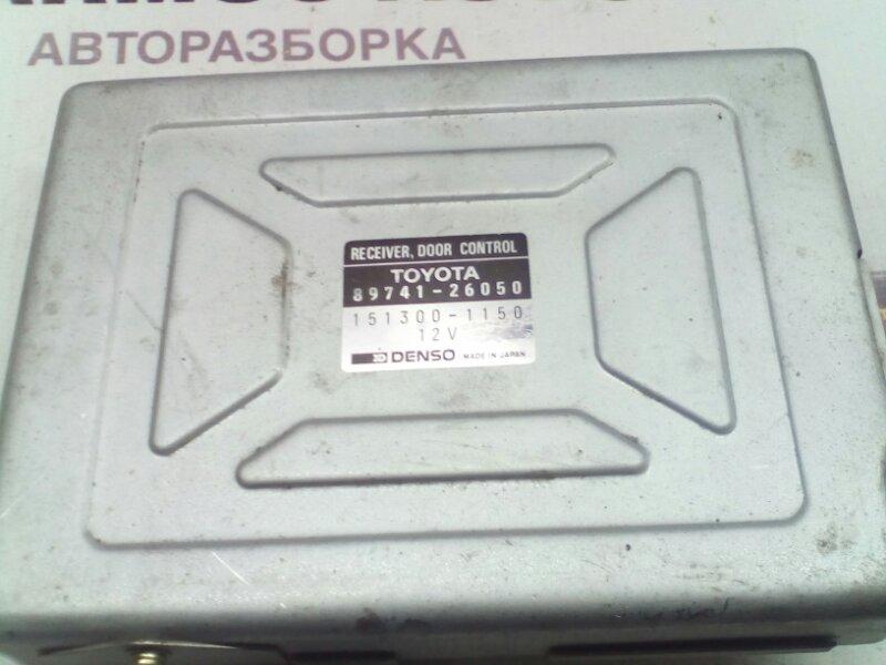 Блок управления дверьми Toyota Hiace TRH213 2RZE