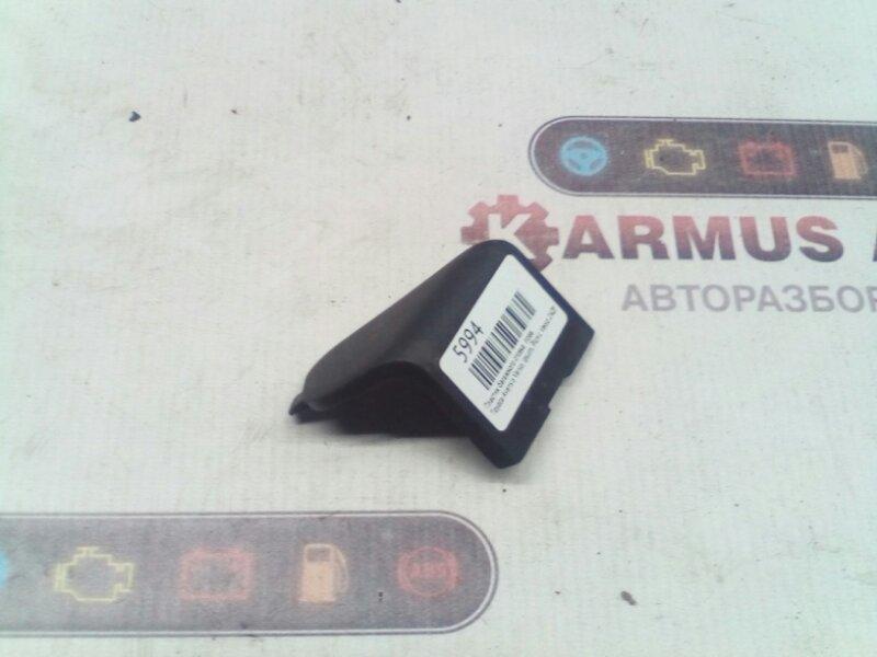 Пластик багажника Toyota Avensis Verso ACM21 2AZFE правый