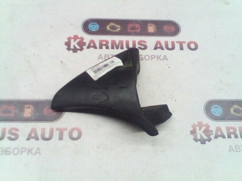 Уплотнитель лобового стекла Toyota Vista Ardeo SV50G 1AZFSE левый