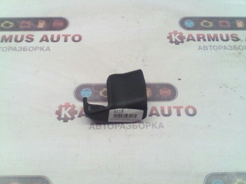 Крышка салазки сиденья Toyota Caldina CT190 2C передняя правая