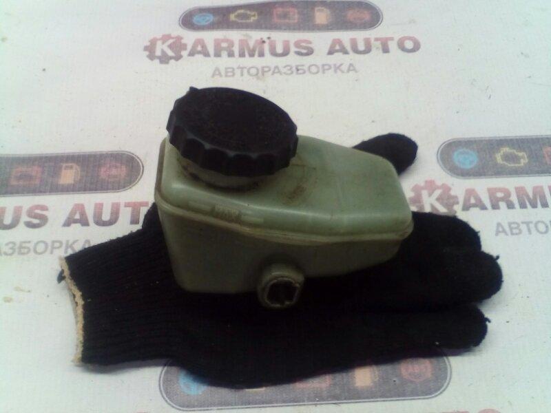Бачок для тормозной жидкости Toyota Mark Ii GX100 1GFE